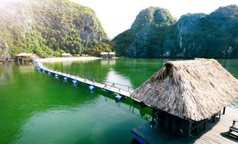 Du khách bị ép mua vé tham quan vịnh Lan Hạ được hoàn tiền, xin lỗi