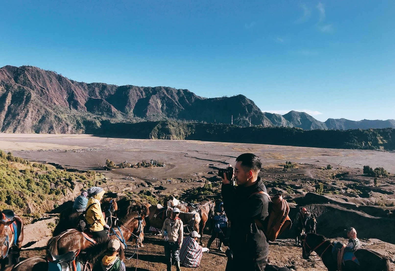 Den Indonesia, cham chan toi mieng nui lua Bromo hinh anh 13