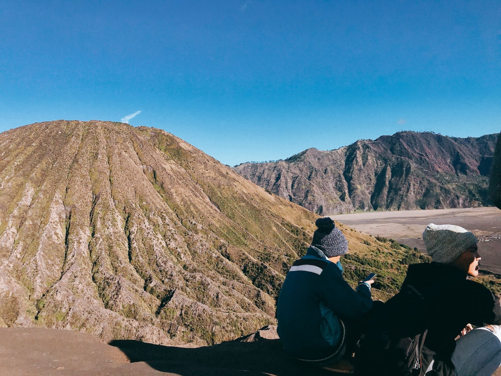 Den Indonesia, cham chan toi mieng nui lua Bromo hinh anh 56